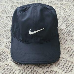 Black nike dri fit baseball hat cap